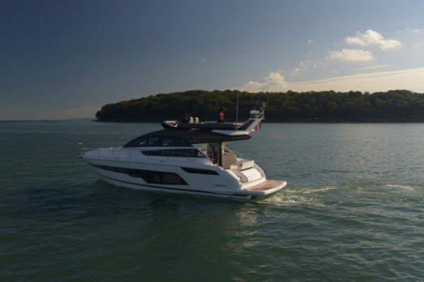 Fairline Squadron 50 Get Lucky