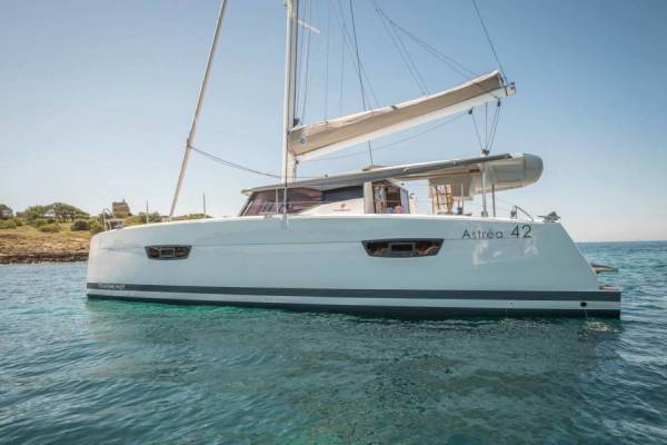 Fountaine Pajot Astrea 42 ELWE_DB