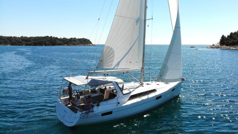 Oceanis 41.1 Pauline