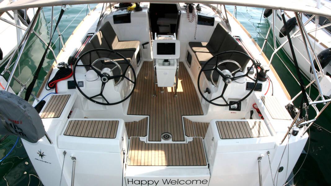 Sun Odyssey 419 Happy Welcome